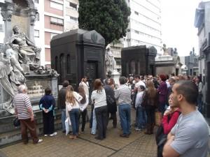 Cemitério da Recoleta - Passeio com Guia Turístico
